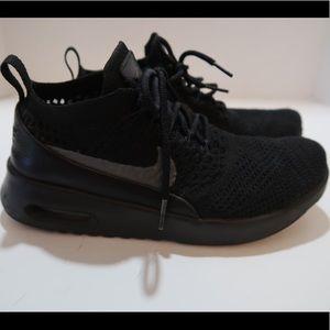 Black nike air max sneakers